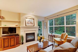 "Photo 2: 205 960 LYNN VALLEY Road in North Vancouver: Lynn Valley Condo for sale in ""Balmoral House"" : MLS®# R2502603"