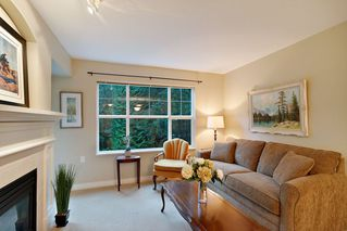 "Photo 3: 205 960 LYNN VALLEY Road in North Vancouver: Lynn Valley Condo for sale in ""Balmoral House"" : MLS®# R2502603"