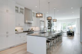 Photo 7: 1637 Altadore Avenue SW in Calgary: Altadore Detached for sale : MLS®# A1042581