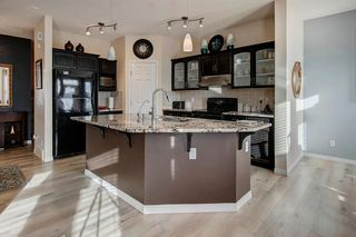 Photo 7: 63 Saddlecrest Terrace NE in Calgary: Saddle Ridge Detached for sale : MLS®# A1047869