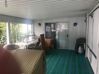 """Photo 2: 12 7850 KING GEORGE Boulevard in White Rock: East Newton Manufactured Home for sale in """"Bear Creek"""" (Surrey)  : MLS®# R2406221"""