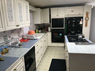 """Photo 8: 12 7850 KING GEORGE Boulevard in White Rock: East Newton Manufactured Home for sale in """"Bear Creek"""" (Surrey)  : MLS®# R2406221"""