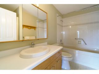 "Photo 14: 417 2626 COUNTESS Street in Abbotsford: Abbotsford West Condo for sale in ""The Wedgewood"" : MLS®# R2409510"