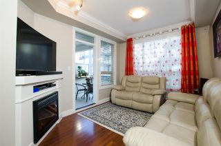 """Photo 3: 421 13897 FRASER Highway in Surrey: Whalley Condo for sale in """"EDGE"""" (North Surrey)  : MLS®# R2422441"""