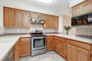 """Photo 6: 106 1232 JOHNSON Street in Coquitlam: Scott Creek Townhouse for sale in """"GREENHILL PLACE"""" : MLS®# R2423367"""
