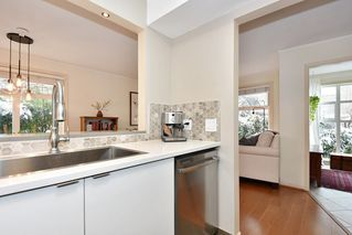 "Photo 12: 106 2588 ALDER Street in Vancouver: Fairview VW Condo for sale in ""BOLLERT PLACE"" (Vancouver West)  : MLS®# R2429460"
