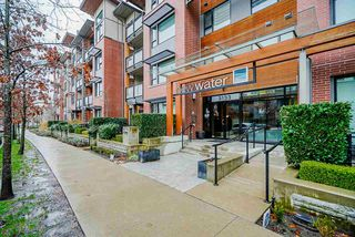 "Photo 1: 103 3133 RIVERWALK Avenue in Vancouver: South Marine Condo for sale in ""New Water"" (Vancouver East)  : MLS®# R2423728"