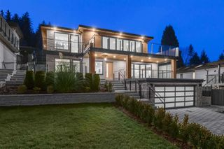 Photo 1: 1084 DORAN Road in North Vancouver: Lynn Valley House for sale : MLS®# R2459153