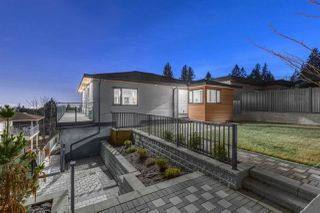 Photo 21: 1084 DORAN Road in North Vancouver: Lynn Valley House for sale : MLS®# R2459153