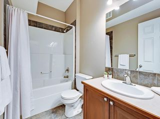 Photo 29: 601 8000 WENTWORTH Drive SW in Calgary: West Springs Row/Townhouse for sale : MLS®# C4300178