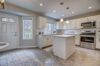 Photo 12: 171 SIERRA MORENA Terrace SW in Calgary: Signal Hill Duplex for sale : MLS®# A1016074