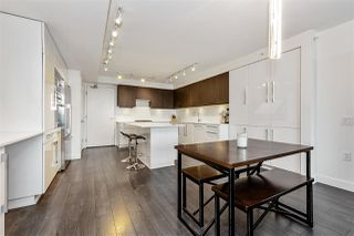 """Photo 6: 1403 188 AGNES Street in New Westminster: Downtown NW Condo for sale in """"THE ELLIOT"""" : MLS®# R2504898"""