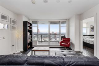 """Photo 2: 1403 188 AGNES Street in New Westminster: Downtown NW Condo for sale in """"THE ELLIOT"""" : MLS®# R2504898"""