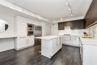 """Photo 7: 1403 188 AGNES Street in New Westminster: Downtown NW Condo for sale in """"THE ELLIOT"""" : MLS®# R2504898"""