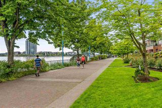 """Photo 22: 1403 188 AGNES Street in New Westminster: Downtown NW Condo for sale in """"THE ELLIOT"""" : MLS®# R2504898"""