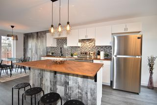 Main Photo: 14 2210 Oakmoor Drive SW in Calgary: Oakridge Row/Townhouse for sale : MLS®# A1051450