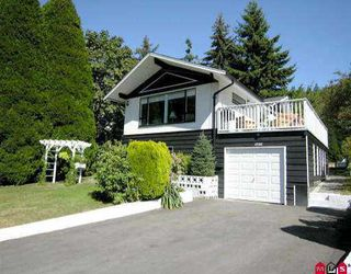"""Photo 1: 2602 127A ST in White Rock: Crescent Bch Ocean Pk. House for sale in """"Ocean Park"""" (South Surrey White Rock)  : MLS®# F2519987"""