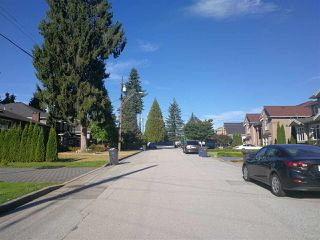 Photo 8: 1109 REGAN Avenue in Coquitlam: Central Coquitlam House for sale : MLS®# R2400253