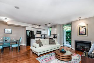 "Photo 8: 157 W 2ND Street in North Vancouver: Lower Lonsdale Townhouse for sale in ""Sky"" : MLS®# R2407820"