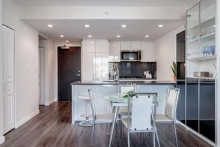 """Photo 5: 1306 3100 WINDSOR Gate in Coquitlam: New Horizons Condo for sale in """"LLOYD"""" : MLS®# R2426347"""