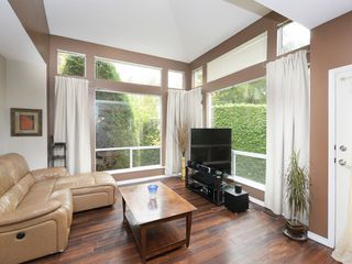 "Photo 1: 13 181 RAVINE Drive in Port Moody: Heritage Mountain Townhouse for sale in ""VIEWPOINT"" : MLS®# R2426808"
