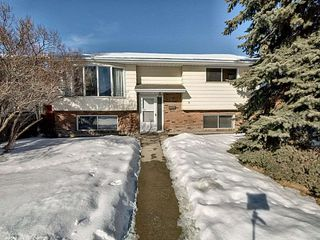 Main Photo: 6422 36A Avenue in Edmonton: Zone 29 House for sale : MLS®# E4188451