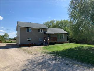 Photo 1: 110146 142 Road North in Dauphin: RM of Dauphin Residential for sale (R30 - Dauphin and Area)  : MLS®# 202005064
