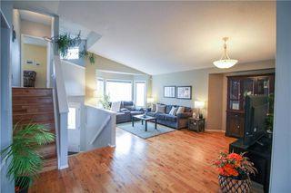 Photo 4: 231 Jacques Avenue in Winnipeg: Kildonan Estates Residential for sale (3J)  : MLS®# 202007787