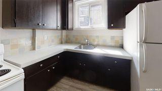 Photo 3: 319 M Avenue North in Saskatoon: Westmount Residential for sale : MLS®# SK806635