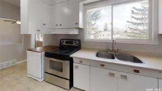 Photo 2: 319 M Avenue North in Saskatoon: Westmount Residential for sale : MLS®# SK806635