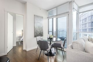"""Photo 6: 3102 1189 MELVILLE Street in Vancouver: Coal Harbour Condo for sale in """"THE MELVILLE"""" (Vancouver West)  : MLS®# R2457836"""