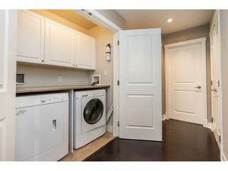 """Photo 15: 203 14824 NORTH BLUFF Road: White Rock Condo for sale in """"Belaire"""" (South Surrey White Rock)  : MLS®# R2459201"""