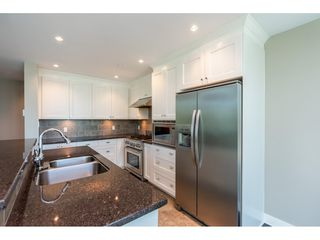 """Photo 7: 203 14824 NORTH BLUFF Road: White Rock Condo for sale in """"Belaire"""" (South Surrey White Rock)  : MLS®# R2459201"""