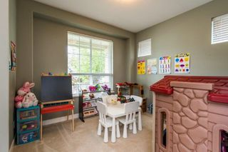 Photo 12: 2049 Merlot Boulevard in Abbotsford: Aberdeen House for sale : MLS®# R2386403