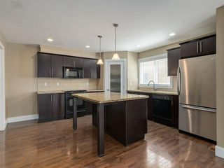 Photo 7: 2 1935 24 Street SW in Calgary: Richmond Row/Townhouse for sale : MLS®# A1028747