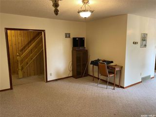 Photo 11: 320 Saskatchewan Avenue in Kerrobert: Residential for sale : MLS®# SK827556