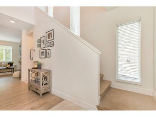 """Photo 3: 53 34230 ELMWOOD Drive in Abbotsford: Central Abbotsford Townhouse for sale in """"TEN OAKS"""" : MLS®# R2501674"""