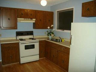 Photo 3:  in CALGARY: Whitehorn Residential Detached Single Family for sale (Calgary)  : MLS®# C3239972
