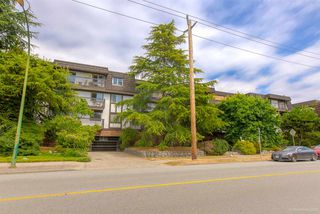 "Main Photo: 312 270 W 3RD Street in North Vancouver: Lower Lonsdale Condo for sale in ""Hampton Court"" : MLS®# R2396263"