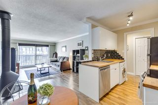 "Photo 3: 312 270 W 3RD Street in North Vancouver: Lower Lonsdale Condo for sale in ""Hampton Court"" : MLS®# R2396263"