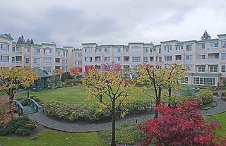 """Photo 18: 306 2995 PRINCESS Crescent in Coquitlam: Canyon Springs Condo for sale in """"PRINCESS GATE"""" : MLS®# R2402448"""