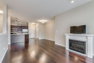 "Photo 2: 207 2336 WHYTE Avenue in Port Coquitlam: Central Pt Coquitlam Condo for sale in ""CENTREPOINTE"" : MLS®# R2423932"