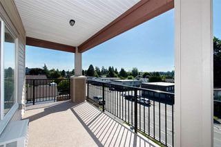 "Photo 17: 317 20175 53 Avenue in Langley: Langley City Condo for sale in ""The Benjamin"" : MLS®# R2425670"
