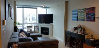 """Photo 3: 1206 138 E ESPLANADE in North Vancouver: Lower Lonsdale Condo for sale in """"PREMIER AT THE PIER"""" : MLS®# R2435633"""