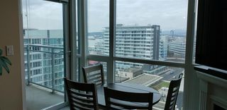 """Photo 5: 1206 138 E ESPLANADE in North Vancouver: Lower Lonsdale Condo for sale in """"PREMIER AT THE PIER"""" : MLS®# R2435633"""
