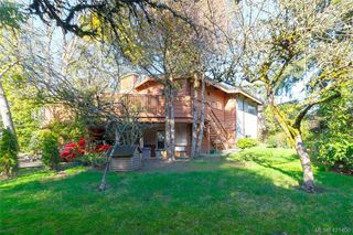 Photo 20: 3331 Biscoe Drive in VICTORIA: SW Tillicum Single Family Detached for sale (Saanich West)  : MLS®# 421400