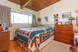 Photo 16: 3331 Biscoe Drive in VICTORIA: SW Tillicum Single Family Detached for sale (Saanich West)  : MLS®# 421400