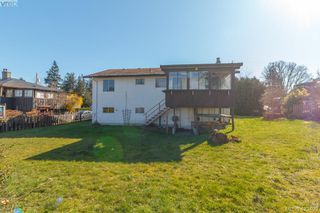 Photo 28: 2938 Oldcorn Place in VICTORIA: Co Hatley Park Single Family Detached for sale (Colwood)  : MLS®# 423409