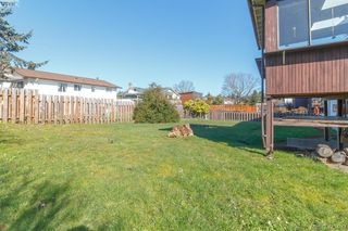 Photo 29: 2938 Oldcorn Place in VICTORIA: Co Hatley Park Single Family Detached for sale (Colwood)  : MLS®# 423409