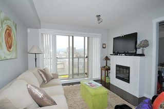 "Photo 6: 308 22318 LOUGHEED Highway in Maple Ridge: West Central Condo for sale in ""223 NORTH"" : MLS®# R2447386"